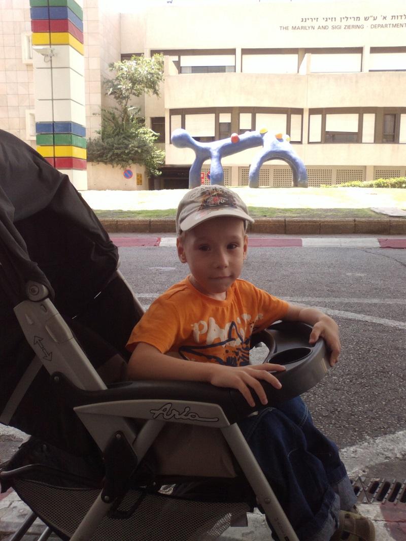 Мальчик любит лизать анус мальчику фото крупно фото 424-435